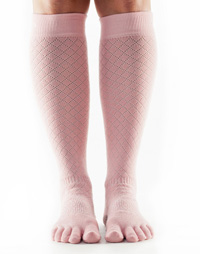ToeSox Casual Knee-high (Fishnet kiss)