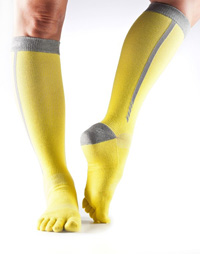 Toesox Zoe Sport Compression Knee High (Daylight 4AM)